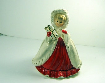 Vintage CHRISTMAS GiRL PLANTER Figurine NAPCO Red Dress w/ Gift Wrapped Package Holiday Decor