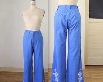 Embroidered Bell Bottoms / 1970's Chambray High Waist Pants / Women's Small Vintage