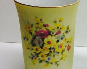 Vintage Lefton China Porcelain Cup Pale Yellow Gold Crown Logo