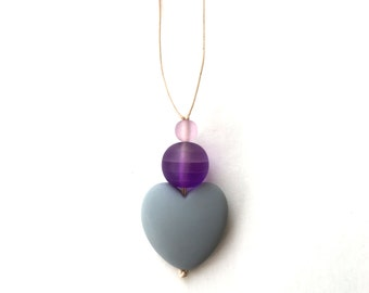 Nursing Necklace - Breastfeeding Necklace - Nursing Beads - Aphrodite Resin Heart - Grey, Purple Lilac Mauve Gradient