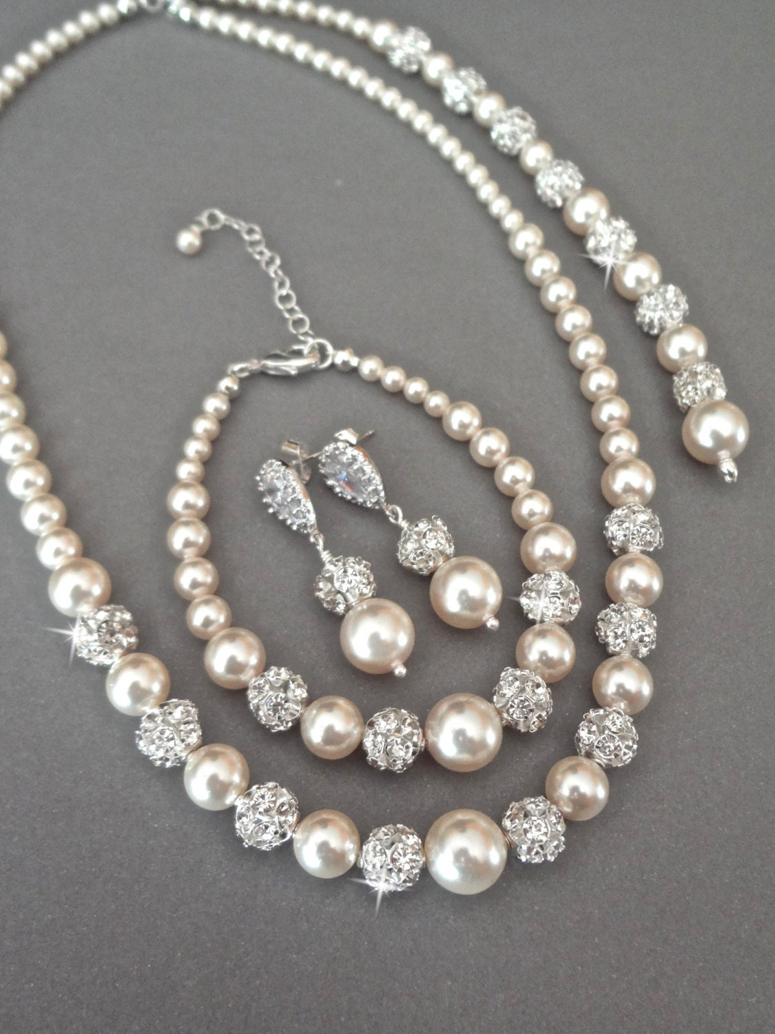 pearl jewelry set swarovski pearls and crystals 3 piece. Black Bedroom Furniture Sets. Home Design Ideas