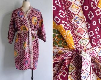 15% SALE (Code In Shop) - Vintage 80's Batik Tie Dye Rayon Dressing Gown Kimono Robe XS S M L