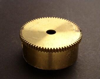Large Brass Cylinder Gear, Mainspring Barrel from Vintage Clock Movement, Vintage Clockwork Mechanism Parts, Steampunk Art Supplies 03886