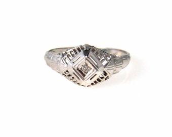 Edwardian to Art Deco 14k White Gold Filigree Diamond Ring Size 6.25
