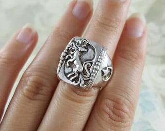 Unicorn Ring in Sterling Silver, silver unicorn ring, heavy unicorn ring silver, moon and star ring, silver moon ring, unicorn jewelry