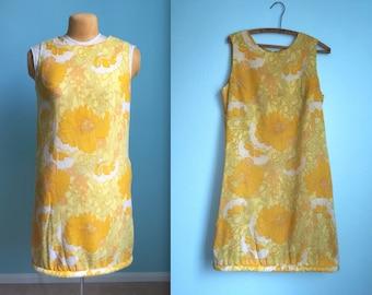 vintage 60s retro yellow floral bubble shift dress / womens size large