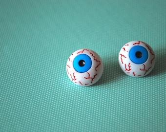 Eye Earrings -- Eyeball Earrings, Halloween Earrings, Creepy Eyeballs, Halloween