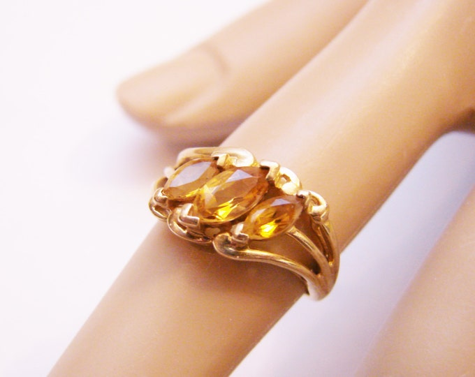 Vintage 10K Gold Marquise Citrine Ring / November Birthday / Size 6 / Jewelry / Jewellery