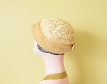 Vintage c. 1950's  Beige Floral Lace Calot Hat