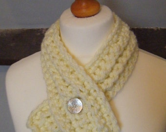 SALE - Crochet Cream Chunky Scarf with Button