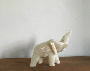 vintage white onyx marble elephant. good luck mid century elephant. alabaster white elephant boho home decor interior design paperweight