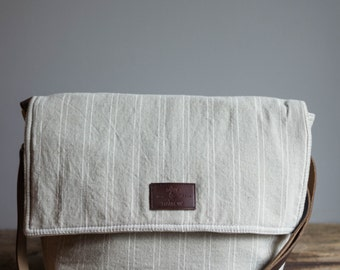 Crossbody Purse, Crossbody Bag, Womens Messenger Bag, Crossbody Minimalist, Handmade, Leather