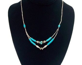 vintage southwestern liquid silver necklace / turquoise / beaded necklace / Native American / vintage necklace / vintage jewelry