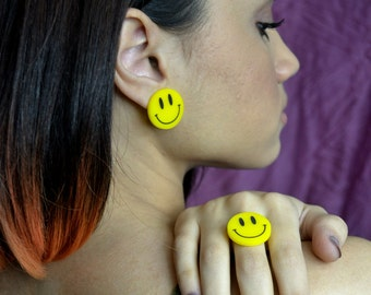 Happy Smiley Face Ring
