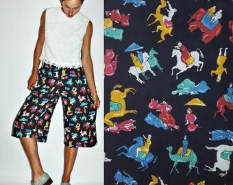 1970s Novelty Print 1950s Style Exotic Riding Culottes