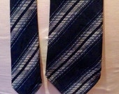 Vintage late 1920s/early 30s Mens Navy Striped Tootal Necktie