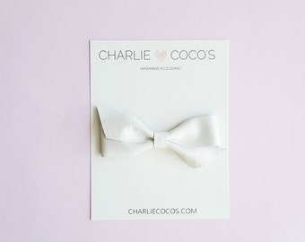 "Baby Leather Bow, Leather Bow Headband, Leather Hair Bow Clip, White Leather Bow, Girls Leather Bow by charliecocos ""Twisty"""