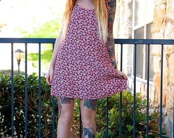 90's Floral Daisy Red White Mini Tank Dress // Women's Small S Medium M