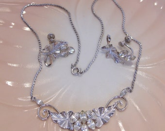 Star Art Sterling Rhinestone Necklace and Earrings Perfect for a Bride