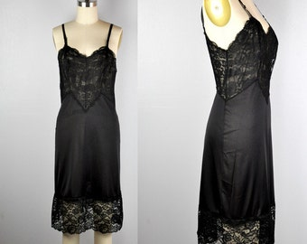 LACE Slip Dress Vanity Fair Black Slip Gothic Sexy Lace Mid Century Lingerie Layering Night Gown Slip size S - M
