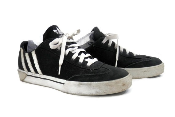 retro adidas sneakers black canvas leather with 3 white