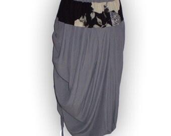 Gray gathered skirt / asymmetric lagenlook style