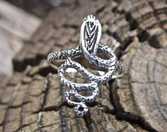 Vintage 925 Sterling Silver Snake Ring