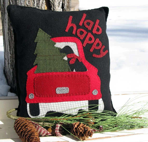 Details. You will enjoy This Christmas Pillow ... & Lab Happy Pillow Pattern Red Truck with Christmas Tree and pillowsntoast.com