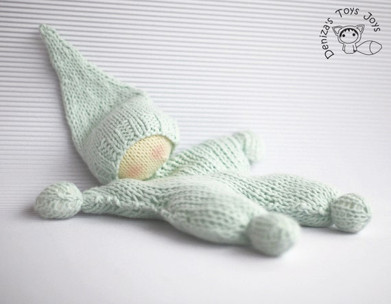 Waldorf knitted doll for small babies pdf knitting pattern
