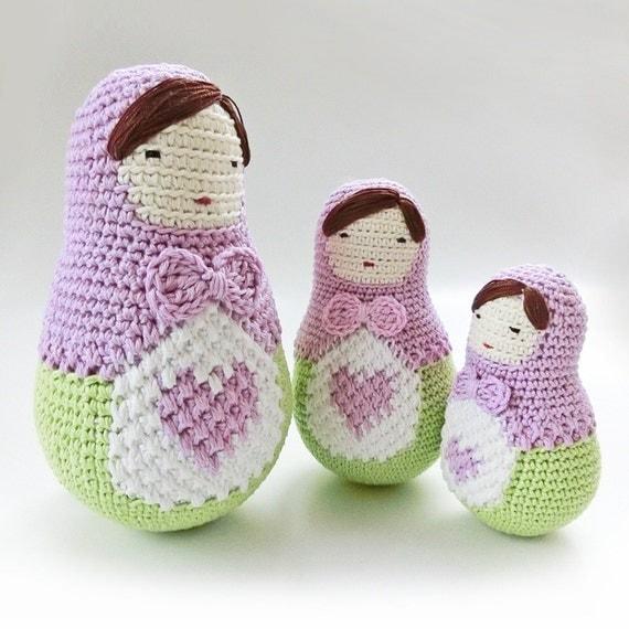 Amigurumi Nesting Dolls : Crochet Amigurumi doll pattern Matryoshka pattern by goolgool