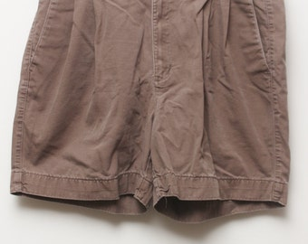 "Rare 90's Vintage ""DOCKERS"" Pleated Brown Khaki Shorts Sz: 36 (Men's Exclusive)"