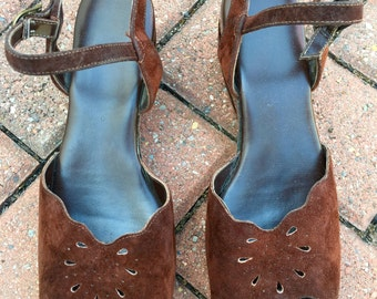 YOYOs 70s sandals/Brown Leather Sandals/Vintage Ankle Strap Shoes
