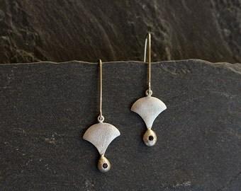 Petite faceted Garnet earrings, 925 sterling silver earrings, Fan earrings with dark red gemstone, Nugget earrings