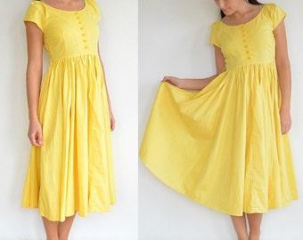 Canary Yellow 60's Style Dress / High Waist / Button-Up (Small-Medium)