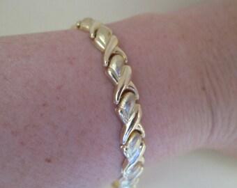Sweet Vintage 14K Gold Tennis Bracelet
