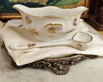 ViNTAGE LiMOGES WhITE PoRCELAIN GoLD RoSES GRAVY BOAT with LaDLE SPOON, VinTAGE DiNING TaBLE SaUCE DiSH with SeRVING  SpOON, Home and LiVING