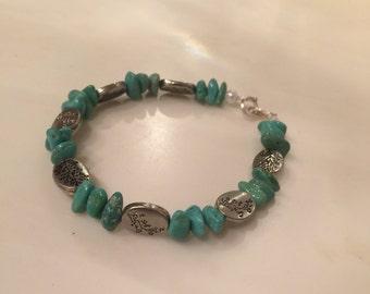 Aqua beaded bracelet with floral beads