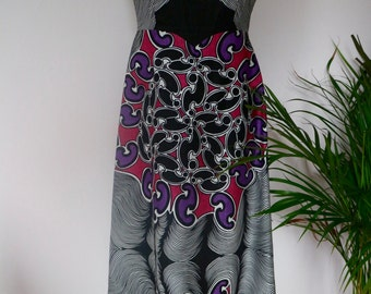 Stunning long boho seventies dress in cotton with amazing print. From Finland. Eu 38
