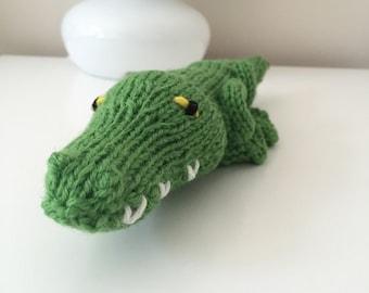 Hand Knit Catnip Kick Stick (Alligator) Cat Toy–100% Wool