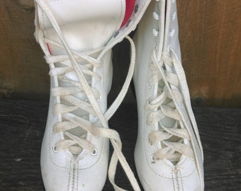 Vintage Ice Skates Figure White Womens 5 Winter Christmas Door Rustic Decoration Holiday Bauer Wedding Party Prop centerpiece Valentines Day