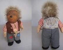 Steiff Vintage Mecki Hedgehog Father  -  1952  -  Original EAN 717 B  -  Red Print Chest Tag  -  Rubber Head  -  Looks Great as a Grandpa!