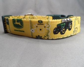 Licesened Fabric Yellow Bandanna John Deere Dog Collar