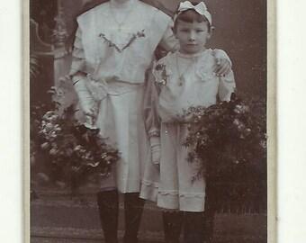 CDV carte de visite photo young girls photograph studio portrait Paper Ephemera Cabinet upcycle recycle repurpose Victorian Antique Vintage