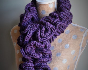 Ruffle Scarf - Worsted Weight Yarn - Adult or Child