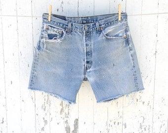 Vintage LEVIS 501 Shorts 32 Waist Distressed