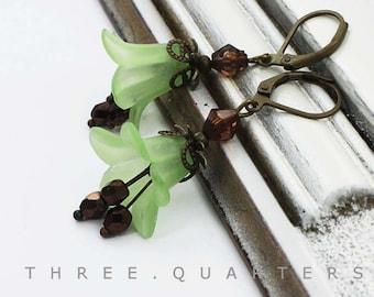 Earrings, light green, brown, green, spring, flowers, petals, chocolate brown, lime green, brown, wedding, flowers, bridesmaid, bridal
