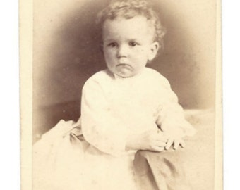 Carte de Visite - Young Child - Photographer B F Troxell - 733 Fulton Ave - Brooklyn New York
