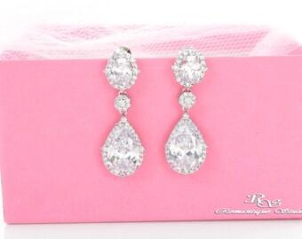 Crystal wedding earrings, vintage style, rhinestone earrings, drop earrings, chandelier earrings, bridal jewelry - 1367
