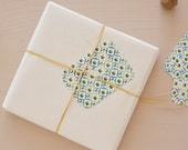 Set of 5 little cards / gift tags printed with a blue floral pattern, for wrappings and little words