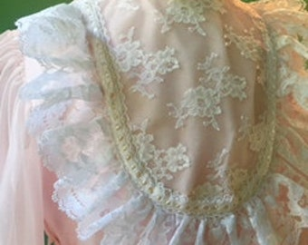 Vintage 1970's Pink Dress with Accordion Skirt and Lace Trim Size 6